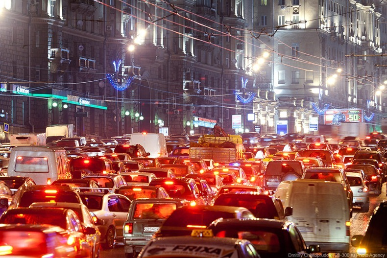 moscow-traffic-jam-14