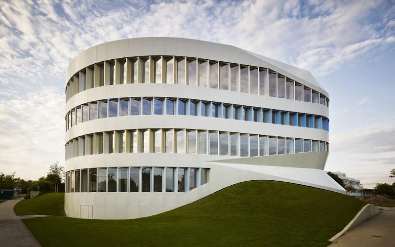 02-centre-for-engineering-unstudio.jpg