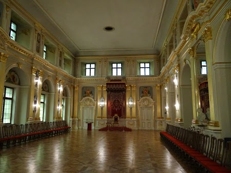 25. Sala Tronului - Varsovia, Polonia.JPG