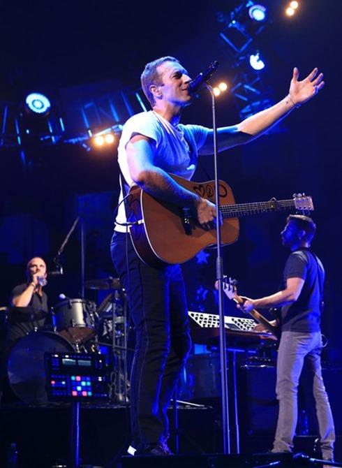 Chris Martin 2014 iHeartRadio Music Festival oYiPF1wt6dTl