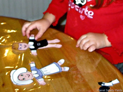 Thanksgiving-Paper-Doll-Play