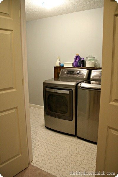 basement laundry room