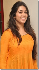 charmi_kaur_beautiful_pics