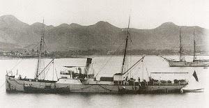 El vapor CAROLINA fondeado en Mazarrón. Año 1910. Foto H. Nonnast. Del libro MAZARRON 1900
