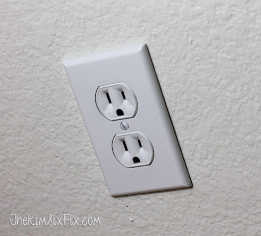 How To Replace Electrical Wall Switch: How to replace electrical outlets using QuickWire (Push-In rh:thekimsixfix.com,Design