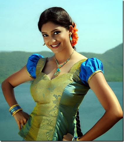 Actress Tanvi Vyas in Nenem Chinna Pillana Telugu Movie Stills