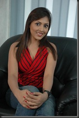 madhu_shalini_new_cute_stills