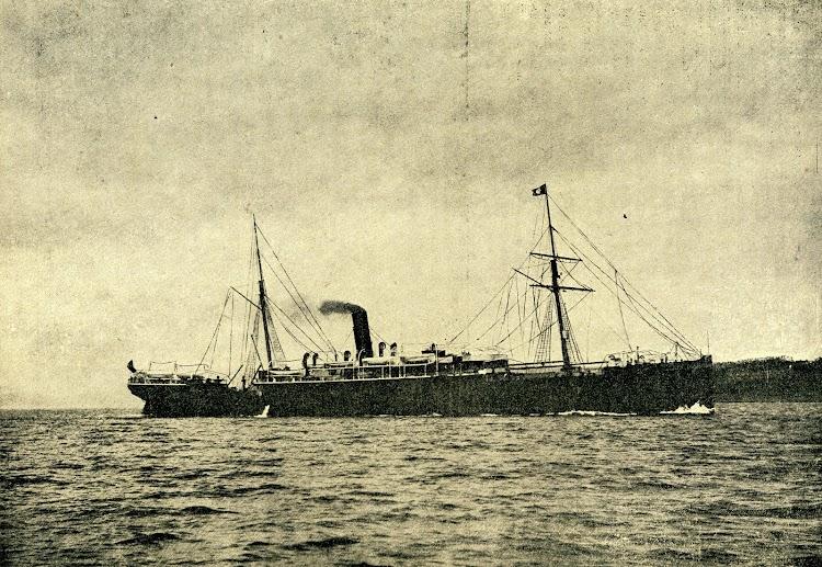 El vapor ISLA DE CUBA, despues LEON XIII. Foto de la revista LA NATURALEZA. AÑO 1894.jpg
