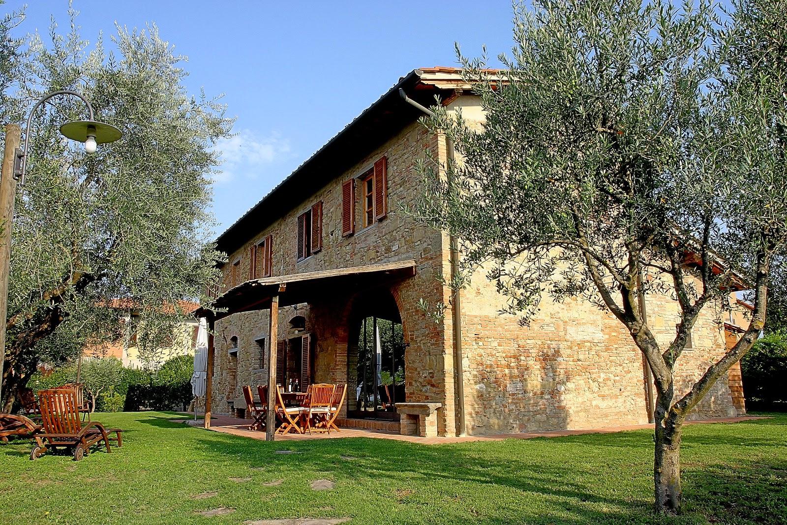 Villa boccaccio in barberino val d 39 elsa toscana vacavilla - Casali antichi ristrutturati ...