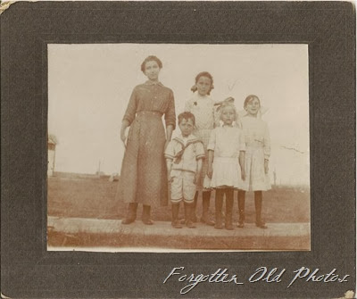 Teckla Ray Myrtle Effie and Ethyl Pequot Lakes Ant