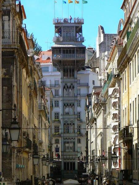 10. Liftul din Lisabona.JPG