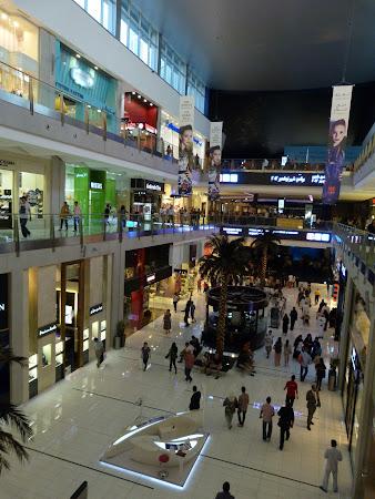 Cumparaturi Dubai: Dubai Mall