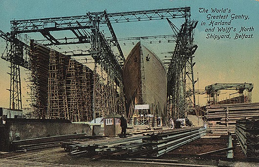ireland-co-antrim-belfast-harland-and-wolffs-north-shipyard-titanic-and-olympic-under-construction