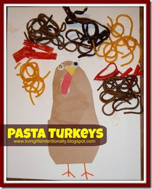Simple Pasta Turkey Craft for Toddlers and Preschoolers