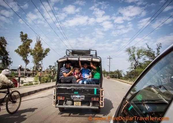 Amritsar fully loaded auto.jpg