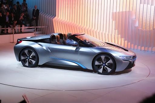 BMW-1-Series-engine-04.jpg