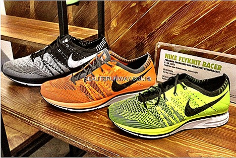 NIKE FLYKNIT RACER Shoes running ultralightweight performance Yarns  and  fabric  variations  precisely engineered featherweight160g  men's  marathon 2011 World Championships winners
