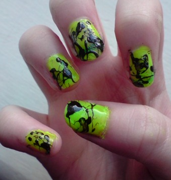 Paint_splatter_nails_by_Puppy_Punk