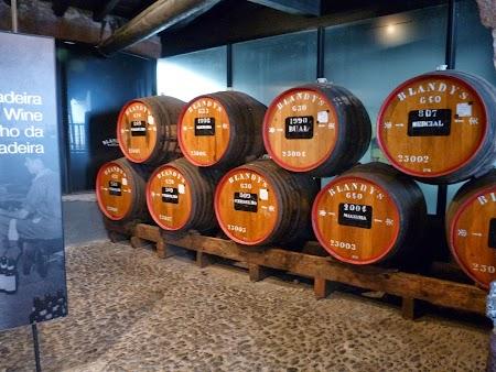 Revelion 2014:  Butoaie cu vin de Madeira