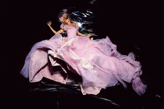 nick-knight-gisele-nov-2006-dior-by-galliano-p224
