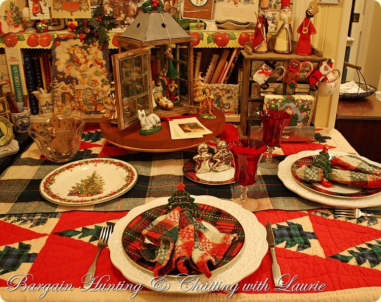 TABLE-CHRISTMAS BKFST