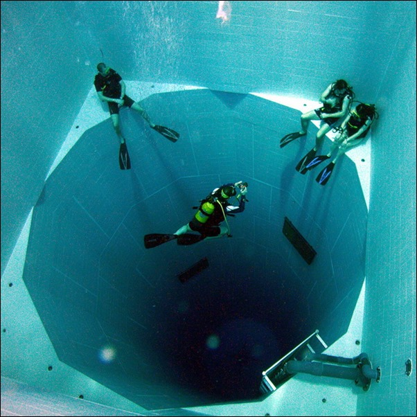Nemo-33-World's-Deepest-Swimming-Pool-02_resize