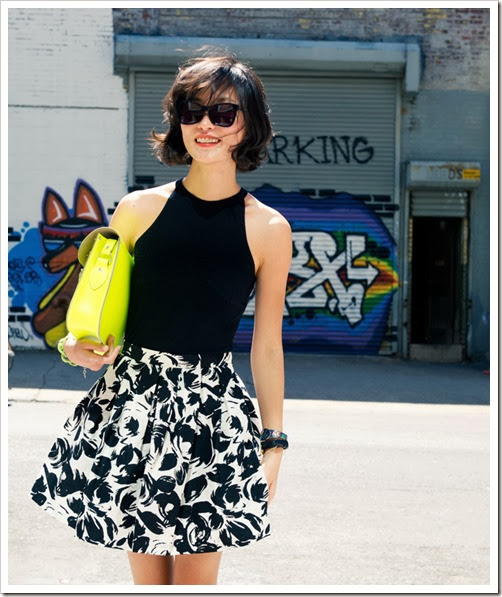 misspouty-blog-street-style-fashion-blogger-cambridge-satchel-fluoro-black-and-white-floral-skirt-strapy-high-heels-french-chic071