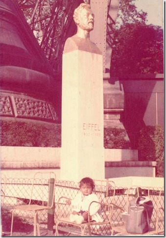 K with bust of Eiffel