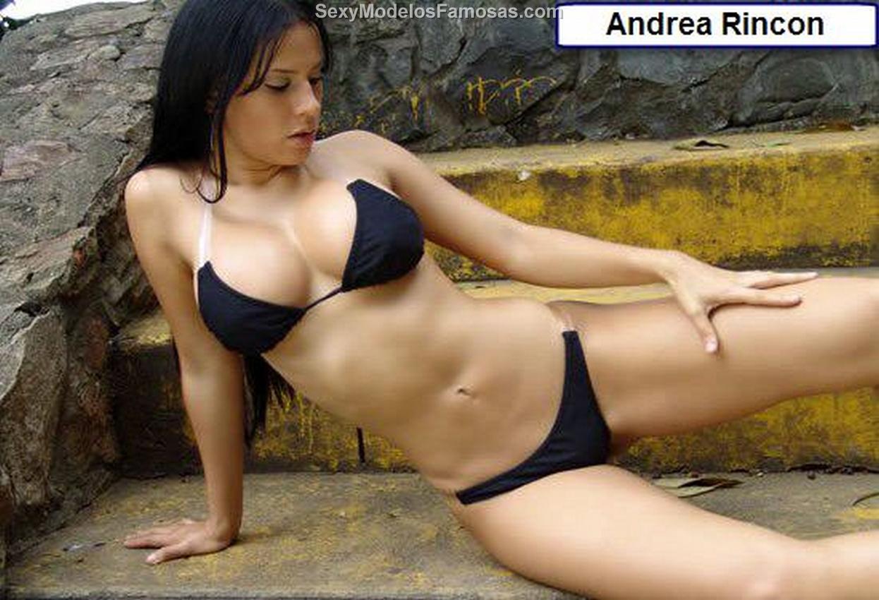 Andrea Rincon – Selena Spice – Fotos En Sexy Bikini Negro Foto 1