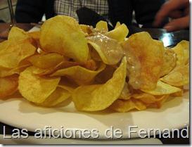 Chips con salsa de setas