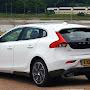 2013-Volvo-V40-New-36.jpg