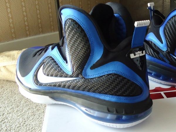 hot sale online 35a25 92763 Nike LeBron 9 8220Kentucky Wildcats8221 Drops this Saturday ...