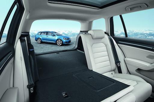 2014-VW-Golf-Variant-14.jpg