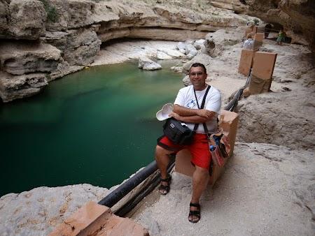 40. Apa verde la Wadi Shab.JPG