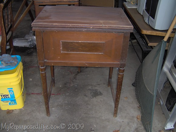 Thrift Sewing Machine Cabinet