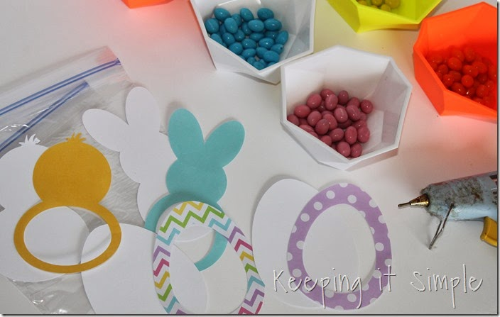 Easy-Easter-Treats-Candy-Pouches (1)