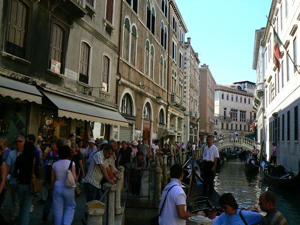 Obiective turistice Venezia: Shopping streets.JPG