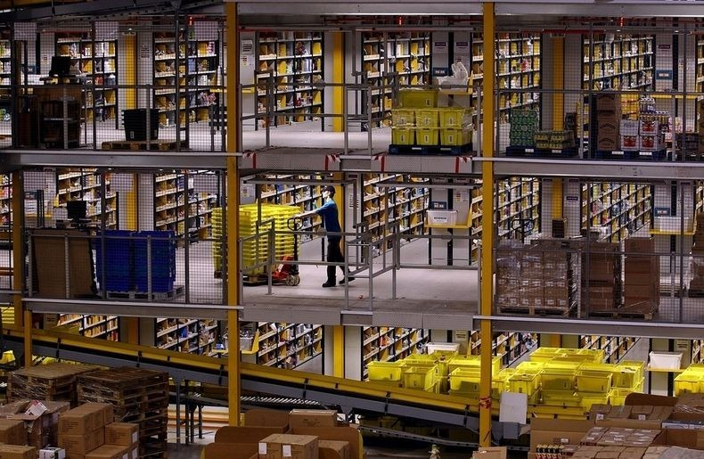 amazon-warehouse-4