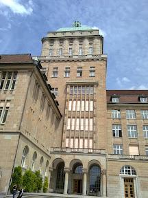 083 - Universidad de Zurich.jpg