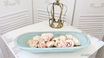 dough-bowl-and-roses