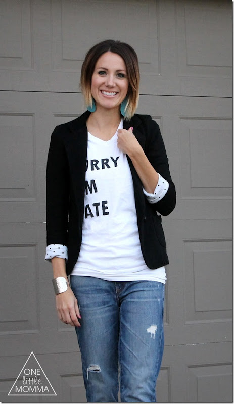 Graphic tee, blazer, boyfriend jeans and Converse