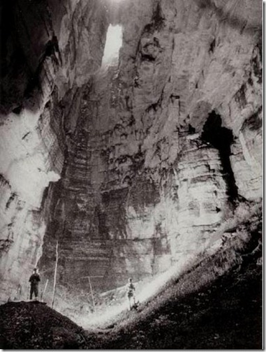 Tayos Tomb Cave 1976