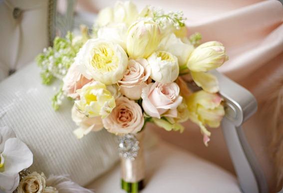 pink-yellow-wedding-bouquet-karen-tran-soolip1 karen tran