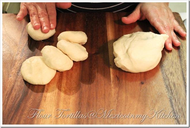 Flour Tortillas homemade | How to make Homemade Tortillas