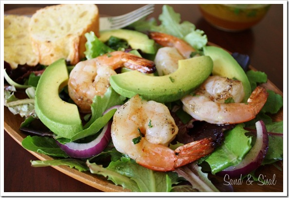 Honey Lime Grilled Shrimp and Avocado Salad (1024x683)-1