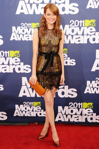 Emma Stone arrives at the 2011 MTV Movie Awards