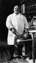 Pastrycook - 1928