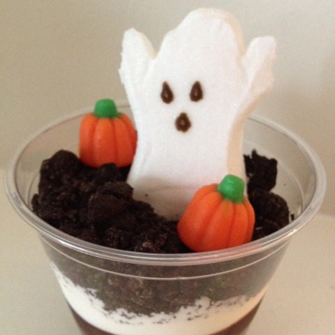 graveyard dirt halloween treat cups