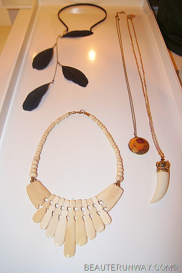 H&M Singapore Accessories necklaces feathers  Autumn Winter 2011