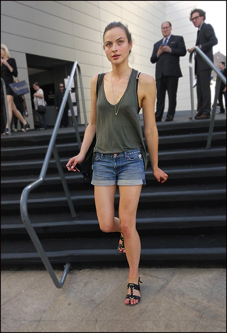 w model in jean shorts od tank top sandals s   ol